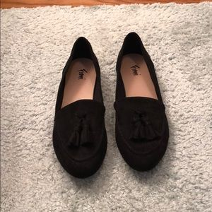 Fioni black faux suede loafers